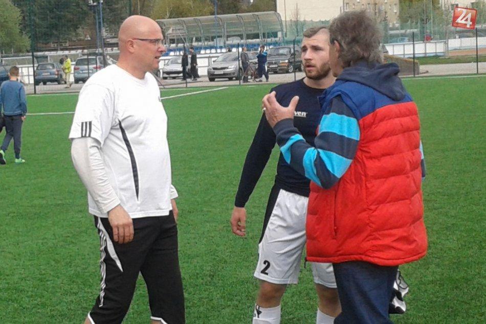 Ilustračný obrázok k článku Považskobystričania zmenili trénera: Nový kouč začal vo veľkom štýle! FOTO